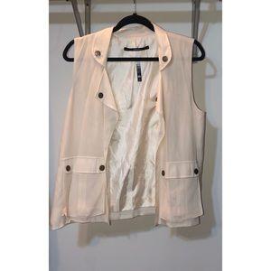 💋💋💋 3 for $20 💋💋💋 Kensie Vest